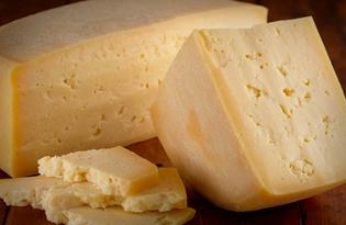 Сыр пармезан. Калорийность, польза и вред