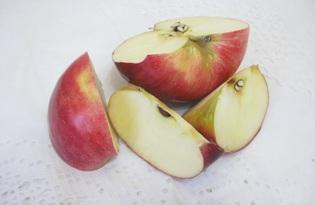 Яблоко красное. Калорийность, польза и вред