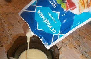 Молоко сгущеное. Калорийность, польза и вред