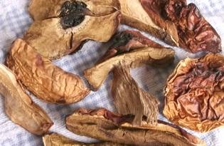 Белый гриб сушеный. Калорийность. Польза и вред.