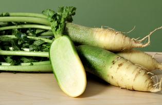 Редька зеленая. Калорийность, польза и вред