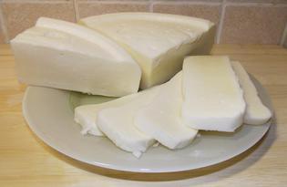 Сыр сулугуни. Калорийность, польза и вред