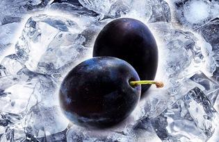 Слива свежая (замороженная). Калорийность, польза и вред.