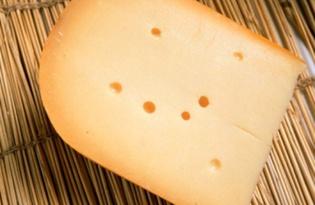Сыр Гауда. Калорийность, польза и вред.