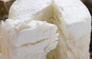 Сыр козий. Калорийность, польза и вред.