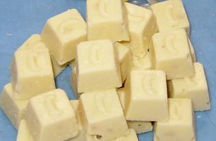 Шоколад белый. Калорийность, польза и вред.