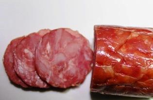 Колбаса копченая. Калорийность, польза и вред.