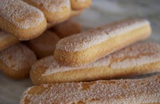 Печенья бисквитного Савоярди. Калорийность, польза и вред.