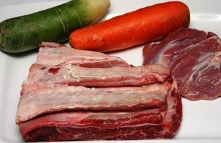 Грудинка говяжья. Калорийность, польза и вред.