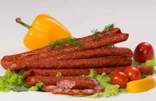 Колбаса полукопчёная. Калорийность, польза и вред.