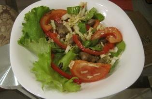 """Рецепт с пошаговым фото """"Овощной салат с куриными сердцами"""""""