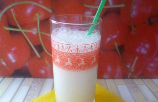 Молочный коктейль с сиропом и мороженным (рецепт с пошаговым фото)