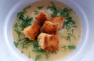 Гороховый суп-пюре с сухариками (пошаговый фото рецепт)