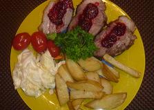 Мясо кабана с клюквенным соусом (пошаговый фото рецепт)