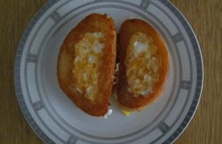 Жареное яйцо в батоне (пошаговый фото рецепт)
