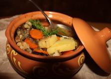 Жаркое томленное в горшочке (пошаговый фото рецепт)