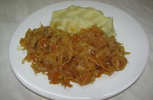 Тушеная капуста с грибами и мясом (пошаговый фото рецепт)