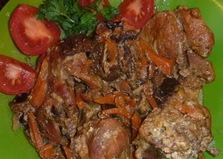Кролик по-деревенски с черносливом (пошаговый фото рецепт)