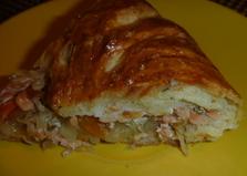 Пирог с благородной рыбой и квашеной капустой (пошаговый фото рецепт)