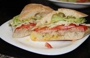 Сэндвич с тунцом (пошаговый фото рецепт)