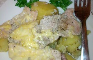 Мясо по-французски с картошкой в мультиварке (пошаговый фото рецепт)