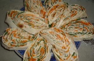 Закуска из лаваша с начинкой (пошаговый фото рецепт)