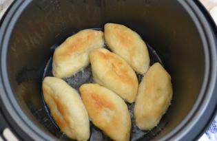 Жареные пирожки в мультиварке (пошаговый фото рецепт)