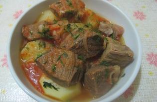 Картофель с говядиной в томатном соусе в мультиварке (пошаговый фото рецепт)
