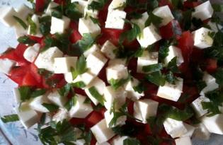 Салат из помидоров, болгарского перца и сыра (пошаговый фото рецепт)