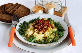 Макароны с фаршем и соленым огурцом по-сибирски (пошаговый фото рецепт)