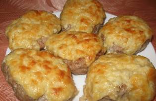 Котлеты под сырным соусом (пошаговый фото рецепт)
