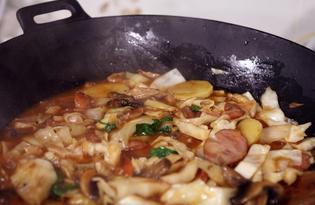Рагу из овощей, грибов и копченостей (пошаговый фото рецепт)