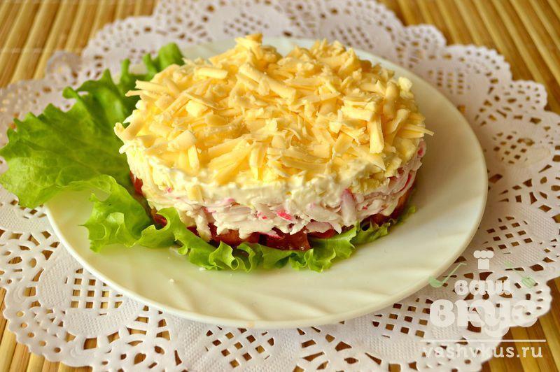рецепт слоеный салат с крабовыми палочками фото рецепт