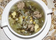 Зеленый суп с фрикадельками, кукурузой и омлетом в мультиварке (пошаговый фото рецепт)