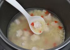 Суп с куриными фрикадельками в мультиварке (пошаговый фото рецепт)