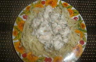 Паста с курицей под сметанным соусом в мультиварке (пошаговый фото рецепт)