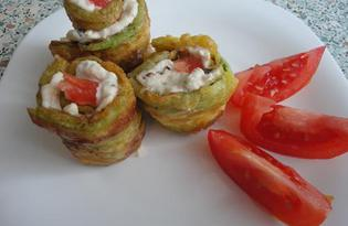 Рулетики из кабачков с курицей, помидором и черносливом (пошаговый фото рецепт)