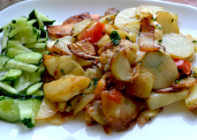 Жареная молодая картошка с зеленью и сыром (пошаговый фото рецепт)