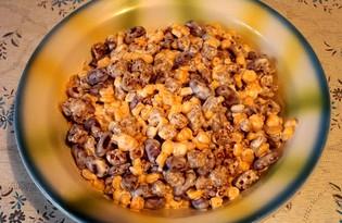Салат из сухариков, фасоли и кукурузы (пошаговый фото рецепт)