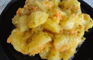 Тушеный картофель в сметане (пошаговый фото рецепт)