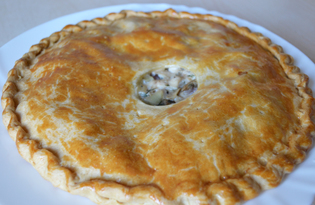 Курник с картофелем и грибами (пошаговый фото рецепт)