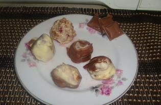 Клубника в молочном и белом шоколаде (пошаговый фото рецепт)