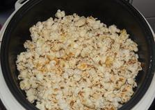 Попкорн в мультиварке Delfa (пошаговый фото рецепт)