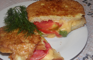 Быстрый горячий бутерброд с помидором и сыром (пошаговый фото рецепт)