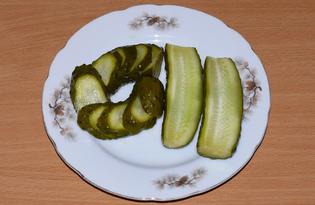 Малосольные огурцы с чесноком (пошаговый фото рецепт)