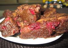 Темный брауни на пиве с ягодами (пошаговый фото рецепт)