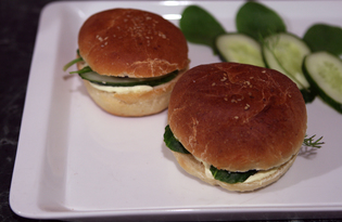 """Сэндвич с сыром """"Дор Блю"""" и огурцом (пошаговый фото рецепт)"""