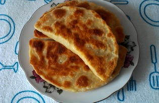 Жареные пирожки с капустой из пресного теста (пошаговый фото рецепт)