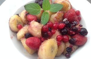 Банановый десерт с ягодами (пошаговый фото рецепт)