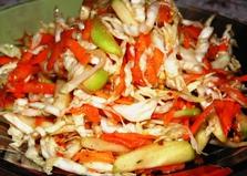 Салат из зеленых яблок, капусты и моркови (пошаговый фото рецепт)